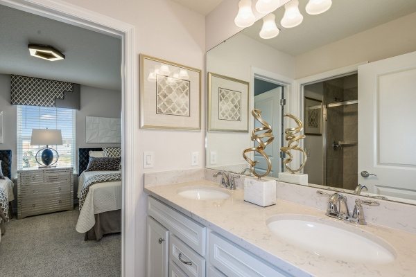 Clearwater Grand Model - Twin Guest Bath