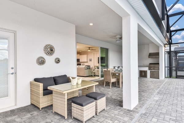 Clearwater Grand Model - Patio