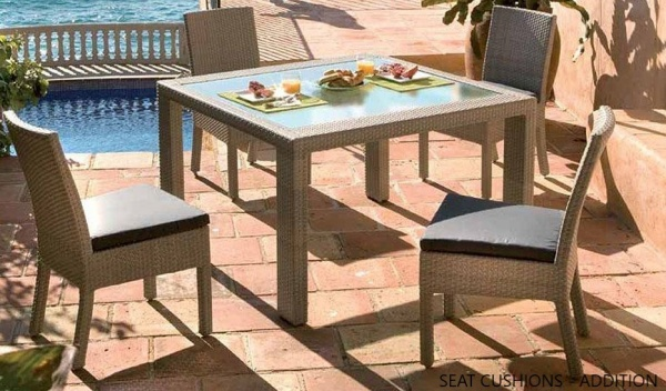 EXECUTIVE - PATIO - PJO-902  WEATHER WICKER OUTDOOR TABLE AND 4 CHAIRS.